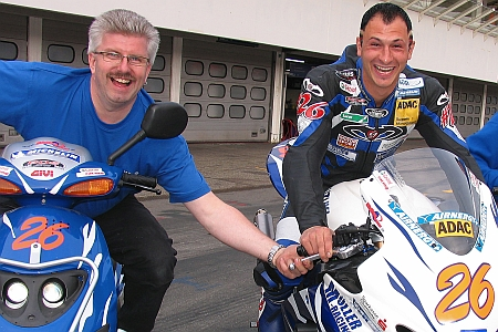 Jens Müller Hockenheim Box mit Fahrer