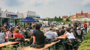 Party zum Saisonstart bei Suzuki Müller in Rückmarsdorf